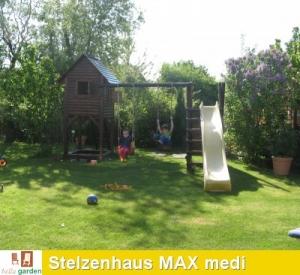 Stelzenhaus MAX medi mit Schaukel und Rutsche