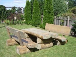 Gartenmöbel Garnitur Modell FRED 150cm, sehr massive Ausführung