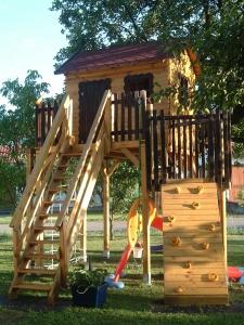 ANGEBOT! Baumhaus, Stelzenhaus, Modell Goliath III, Kinderspielhaus, Spielhaus