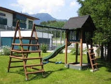 ANGEBOT! Spielturm mit Rutsche Modell Mara I, Kletterturm, Stelz