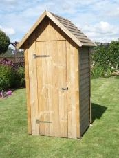 Toilettenhaus, Geräteschuppen mit Spitzdach