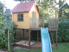 Stelzenhaus  - Spielturm als Boot Meik III